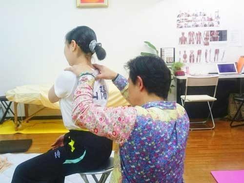 広島で体操選手・アスリートのメンテナンス-首と肩の痛み