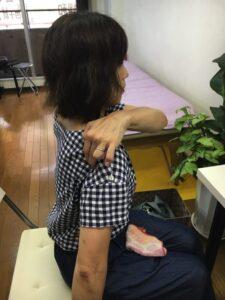 肩が痛い-四十肩・五十肩の原因と治療法-広島で四十肩の治療で有名な整体院の記録10