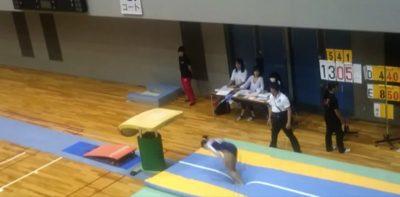 腱引きで体操選手のメンテナンス5