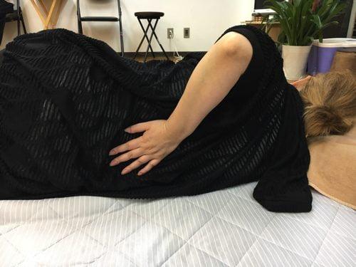 「ぎっくり腰 寝返り」の画像検索結果