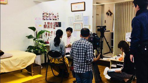 広島ホームテレビ_Jステーション-カラダ健康塾_肩こり解消ストレッチ3